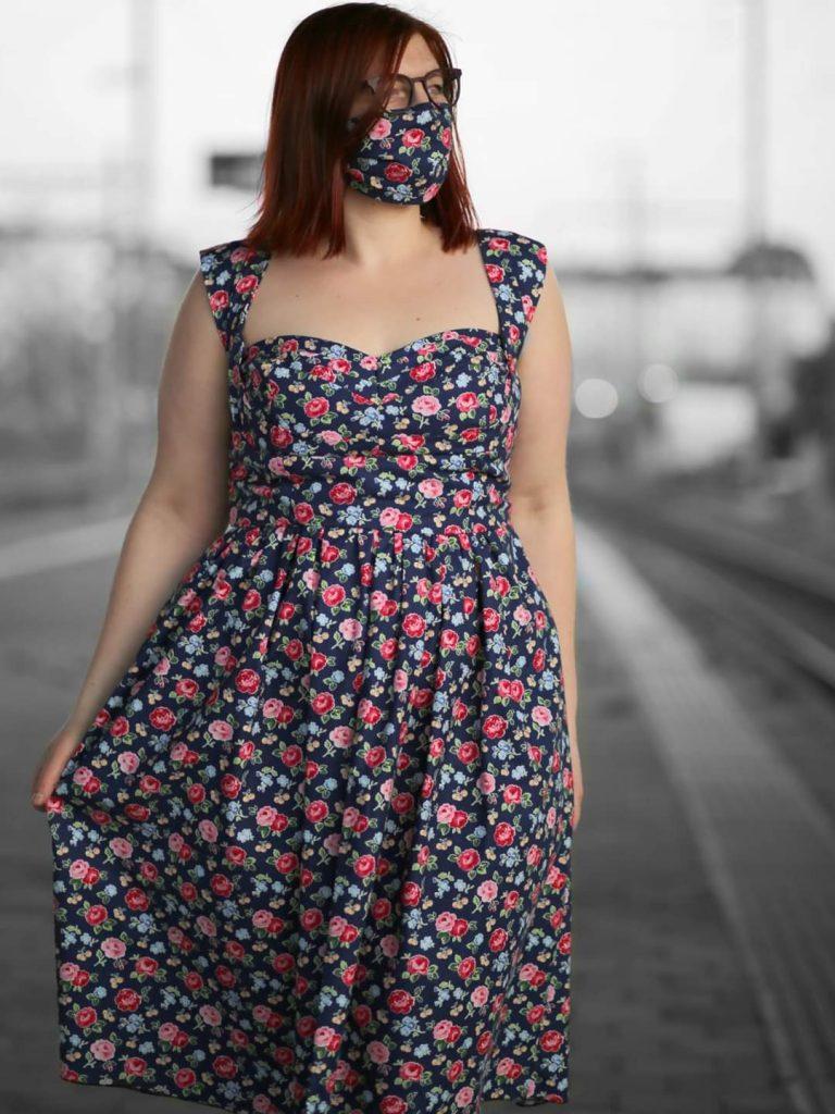 Kleid mit Maske Sewing epiphanies